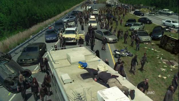 The Walking Dead s02e01 What lies ahead