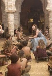 Valar Dohaeris — Margery Tyrell talks to the orphans